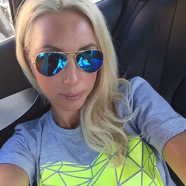 Лера Кудрявцева в футболке от Анны Седоковой