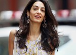 Всегда безупречна: 11 лучших нарядов беременной Амаль Клуни