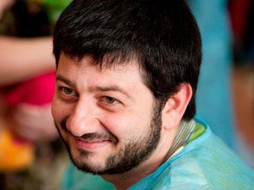 Михаил Галустян был ведущим на школьной линейке
