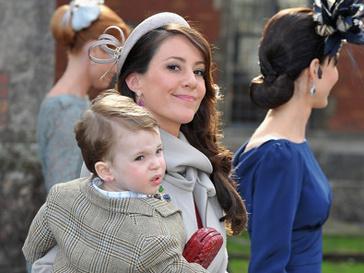 Принцесса Мари с сыном