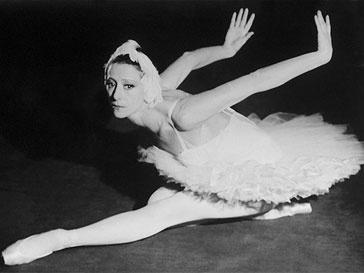 Майя Плисецкая, Лебединое озеро, балет