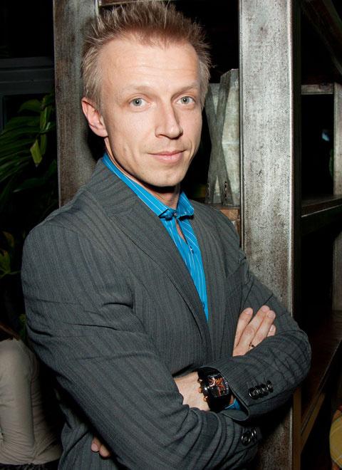 Антон Камолов