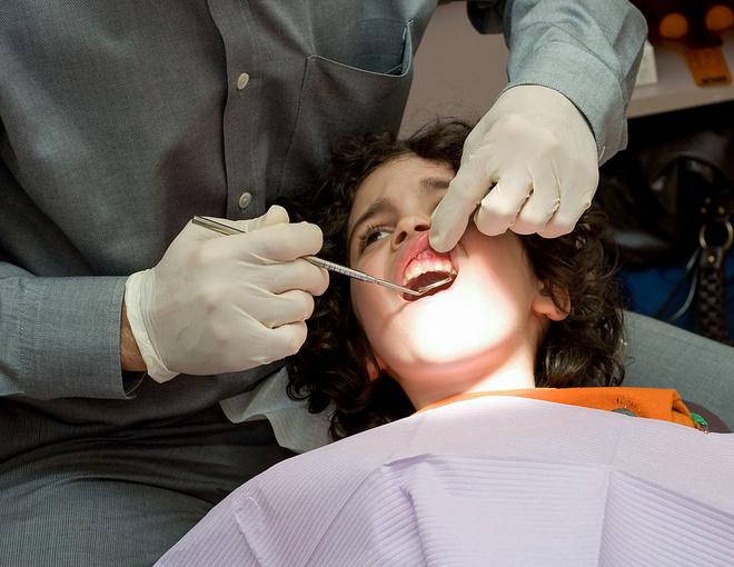 зубы становятся прозрачными