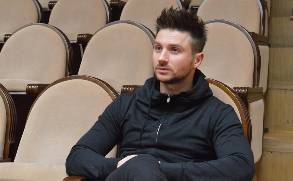 Мама Сергея Лазарева переживает во время выступление сына/Mother Sergey Lazarev...