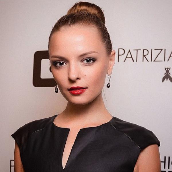 Марина Орлова, премьера, «Белые вороны», Голливуд