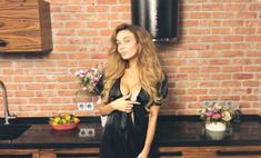 Секс, да и только: Водонаева показала, в чем ходит по дому