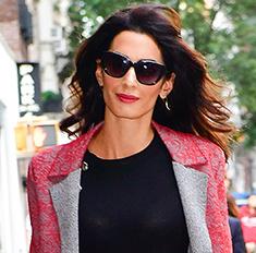 Очевидно: Амаль Клуни сняли глубоко беременной