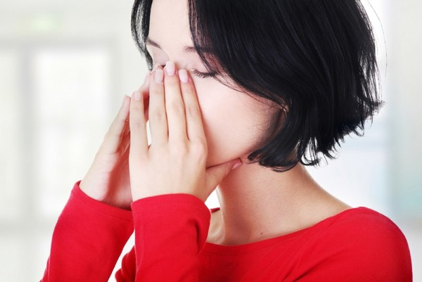 Как промыть нос при гайморите