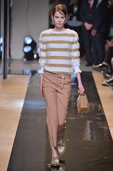 Неделя моды в Париже: показы Alexander McQueen и Paul & Joe ready-to-wear осень — зима 2015-2016   галерея [2] фото [9]