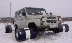 Русские умельцы приделали УАЗику колеса из 200-литровых бочек и поехали кататься (видео)