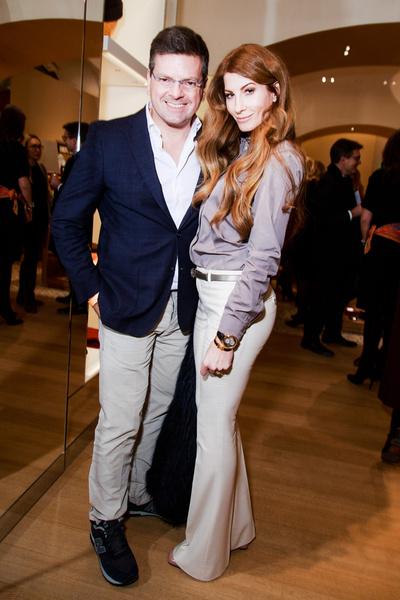 В Москве открылся один из самых больших бутиков Hermès в мире | галерея [1] фото [7]