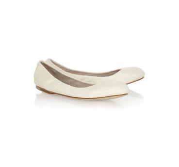 Удобная обувь - балетки или кеды