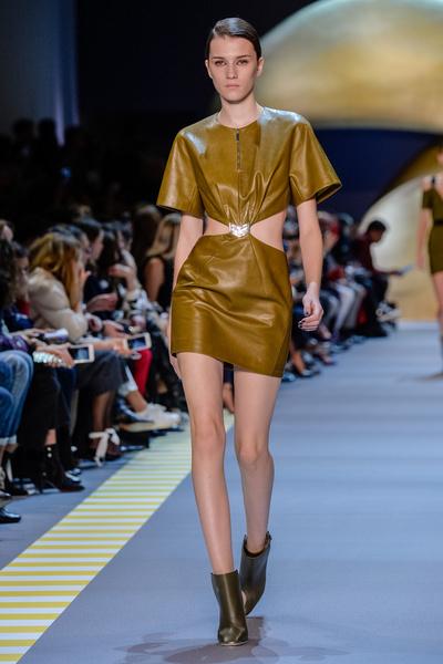 Неделя моды в Париже: день пятый   галерея [2] фото [2]
