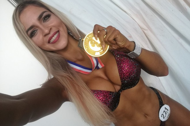Победительница турнира по финес-бикини Arnold Classic Europe Ксения Романова