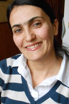 Майсара, 32 года. Памирка, мигрантка. В Москве работает домработницей. По образованию преподаватель.