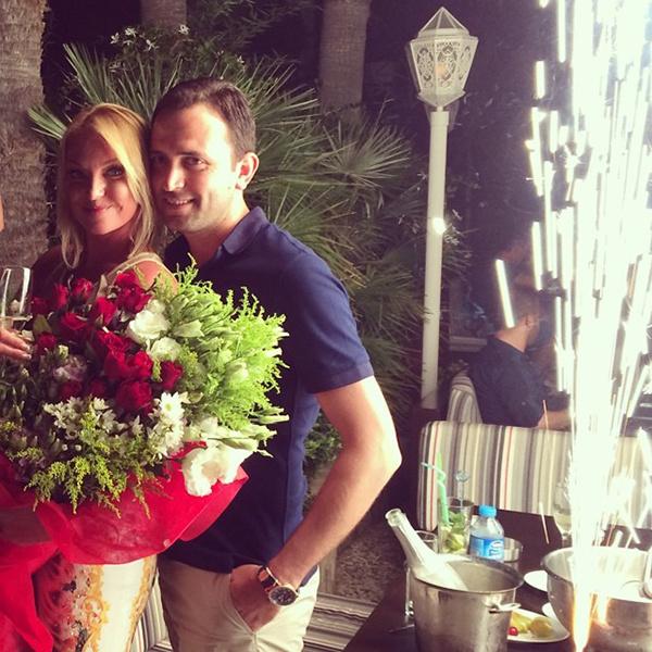 Анастасия Волочква с другом