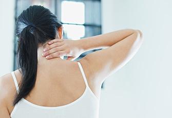 Пять упражнений, если болит шея