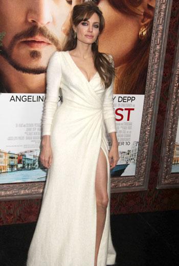 Анджелина Джоли предпочла не фотографироваться рядом с Джонни Деппом.