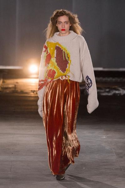 Самые красивые образы Недели моды в Лондоне | галерея [1] фото [64]