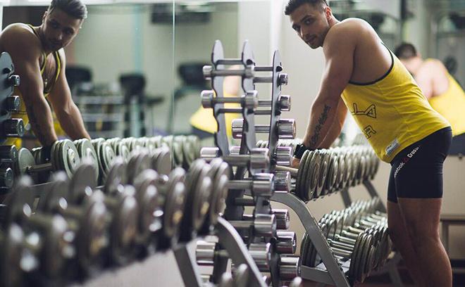 Андрей Хромов, 26 лет, старший тренер вводных программ и мастер-тренер тренажерного зала сети фитнес-клубов «X-fit»
