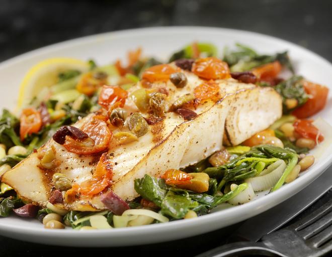 рыба в духовке рецепты с луком