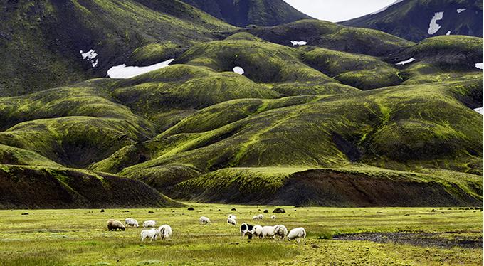Исландия: медитация на Луне