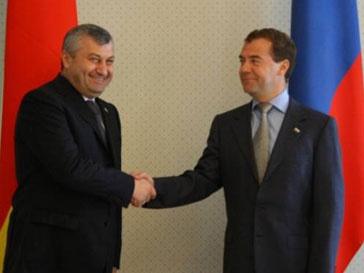 Владимир Медведев и Эдуард Кокойты