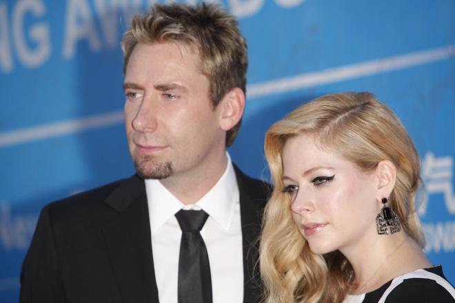 Аврил Лавин объявила о расставании с мужем