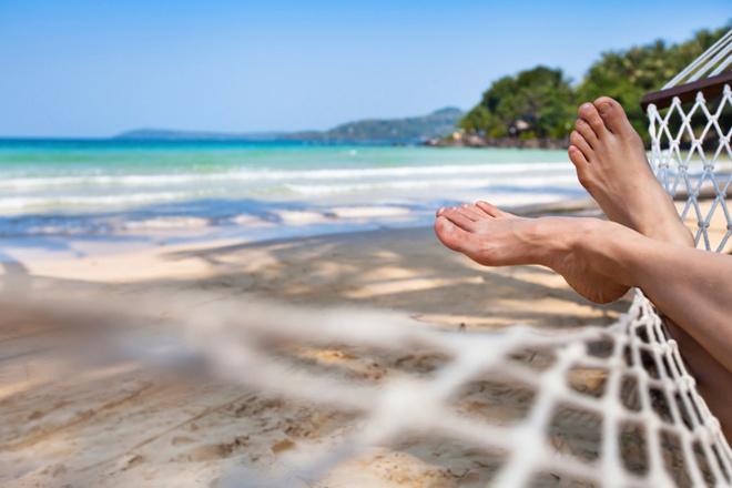 В походных условиях: как составить аптечку для отпуска?