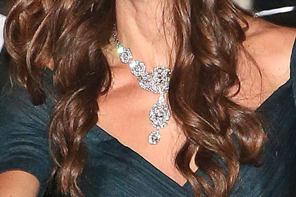 Кейт Миддлтон в бриллиантовом ожерелье