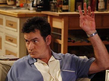 Чарли Шин (Charlie Sheen) заплатит за свое поведение