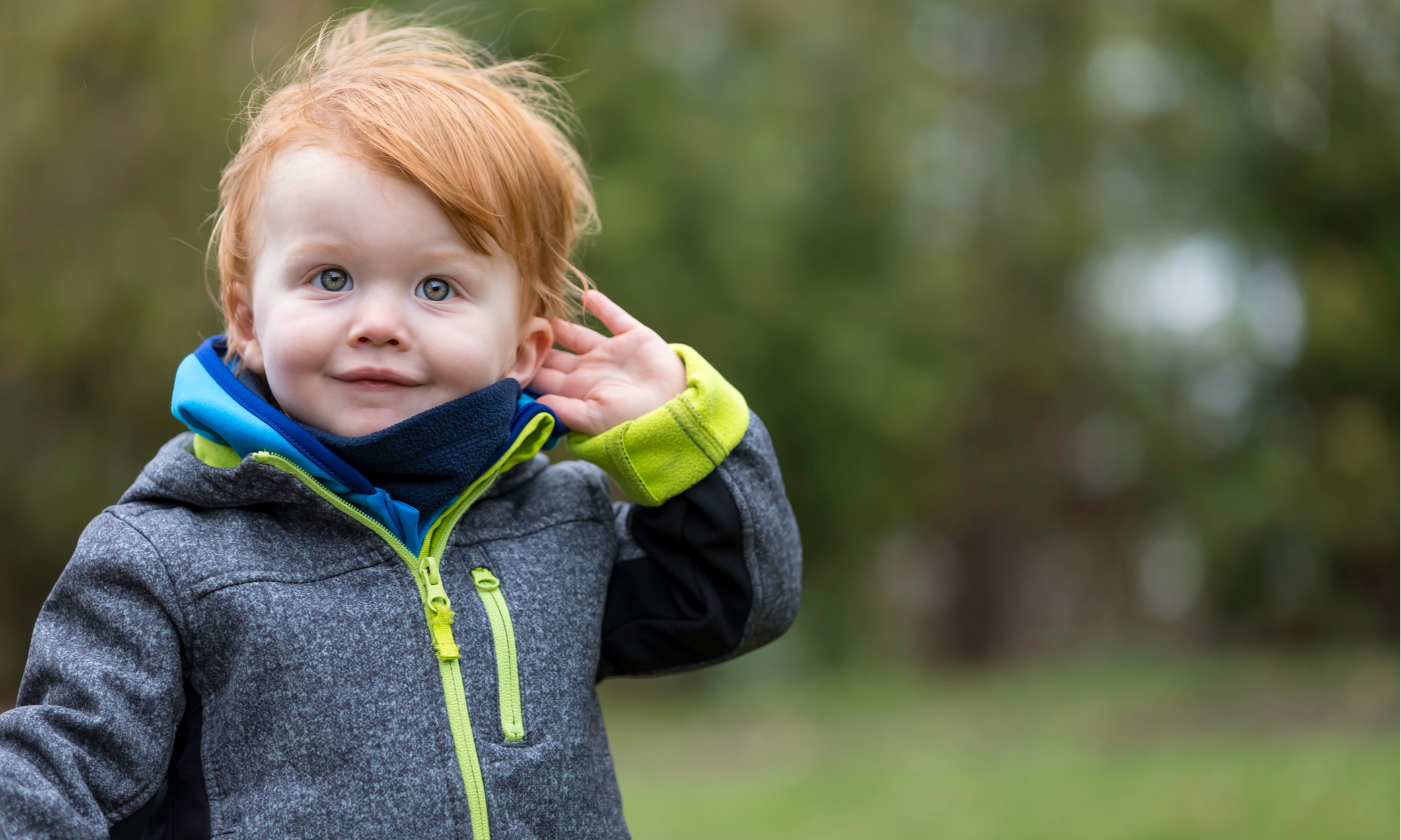 Развитие слуха у ребенка от рождения до года