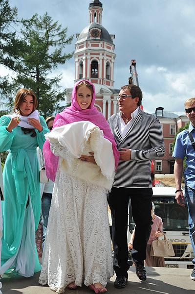 Дмитрий Дибров с женой Полиной и младшим сыном Ильей