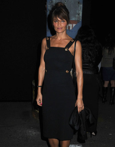 Хелена Кристенсен (Helena Christensen) на презентации коллекции Versace для H&M в Нью-Йорке