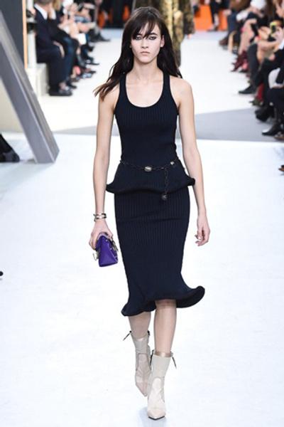 Неделя моды в Париже: показ Louis Vuitton ready-to-wear осень-зима 2015/16 | галерея [1] фото [22]