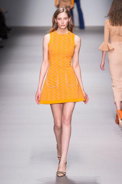Неделя моды в Лондоне: 22 февраля   галерея [1] фото [7]