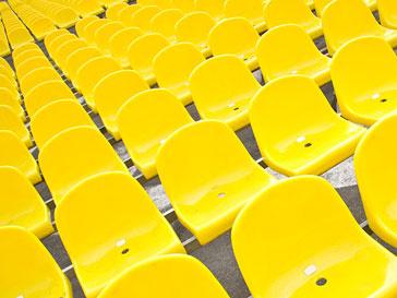 """Желтые стулья уже стали визитной карточкой """"Кинотавра"""""""