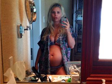 Беременна вторым ребенком