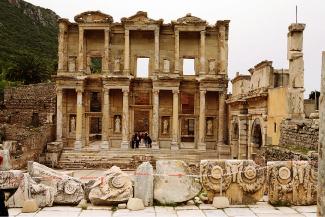 Фасад библиотеки Цельсия — всемирно признанный образец реставрации