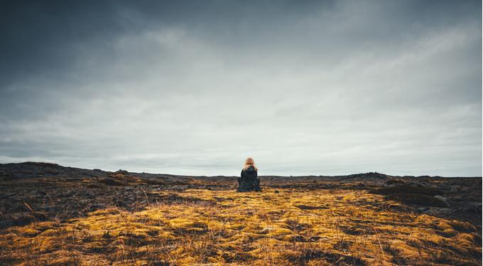 Одиночество в наследство. Как отношения с родителями в детстве влияют на взрослую жизнь