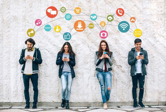 Как фейсбук влияет на отношения?