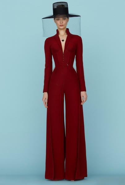 Ульяна Сергеенко представила новую коллекцию на Неделе высокой моды в Париже | галерея [1] фото [16]