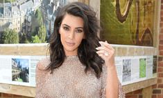 Ким Кардашьян вновь оголила ягодицы в Instagram