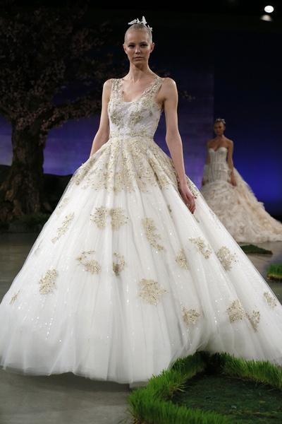 60 пышных свадебных платьев 2015 | галерея [1] фото [38]