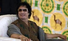 Муаммар Каддафи попросил деньги за свою отставку