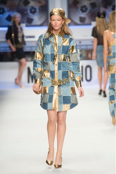 Показ Moschino на Неделе моды в Милане | галерея [4] фото [22]