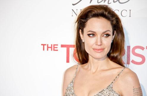 «Слишком красива и знаменитая» Анджелина Джоли.