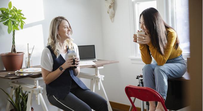 Работа с подругой: выживет ли дружба