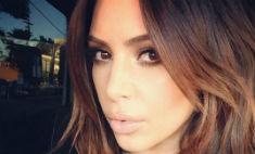 Ким Кардашьян вернулась к темному оттенку волос