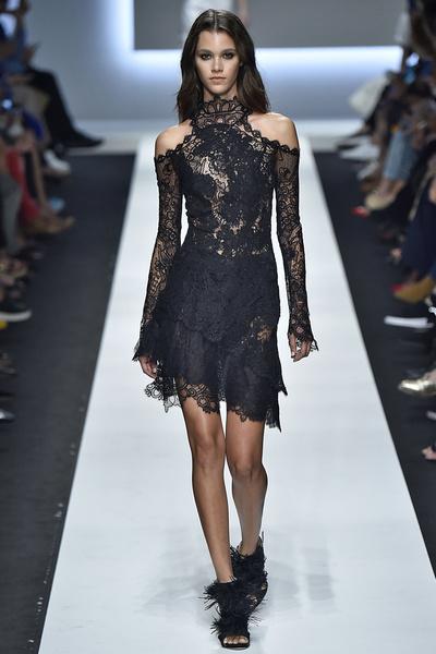 50 лучших платьев Недели моды в Милане | галерея [1] фото [39]